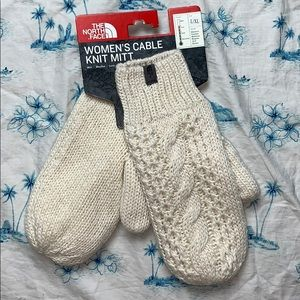 The North Face Womens Cable Knit Mitt